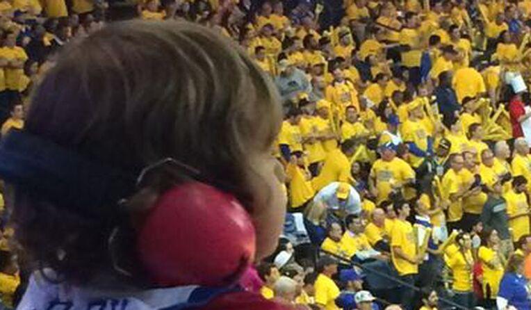 protection auditive des enfants dans un stade